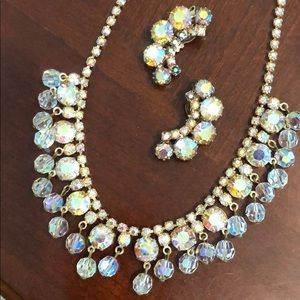 Jewelry - Vintage Rhinestone necklace and earrings